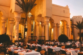 Das Hauptrestaurant im 5-Sterne All-Inclusive Hotel The Palace Port Ghalib in Ägypten