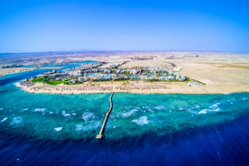 Luftansicht der Red Sea Hotels in Port Ghalib und Marsa Alam am Roten Meer