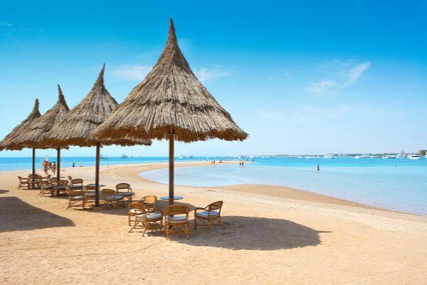 Das 4-Sterne Plus Hotel Siva Grand Beach