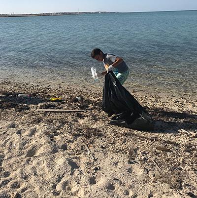 ETI Plastikmüll  im Roten Meer